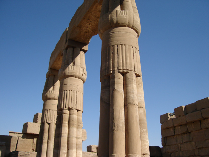 Full day Tour in Luxor (East & West)